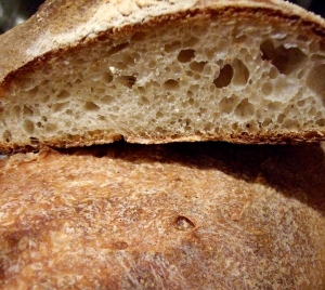 Look at that crumb, that crust..... I think I'm going to go slice myself a wegde