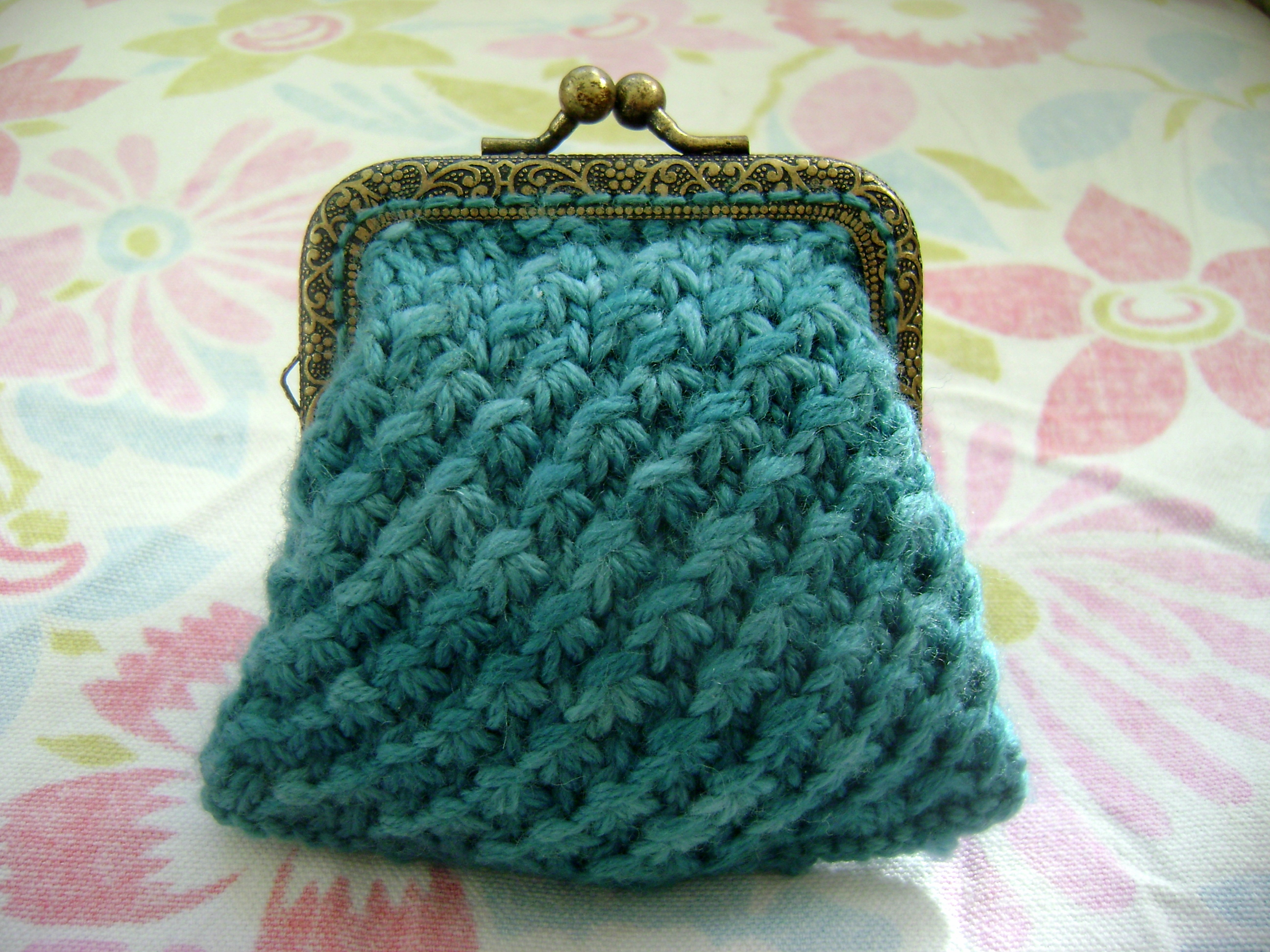 how to make a loom knitted purse