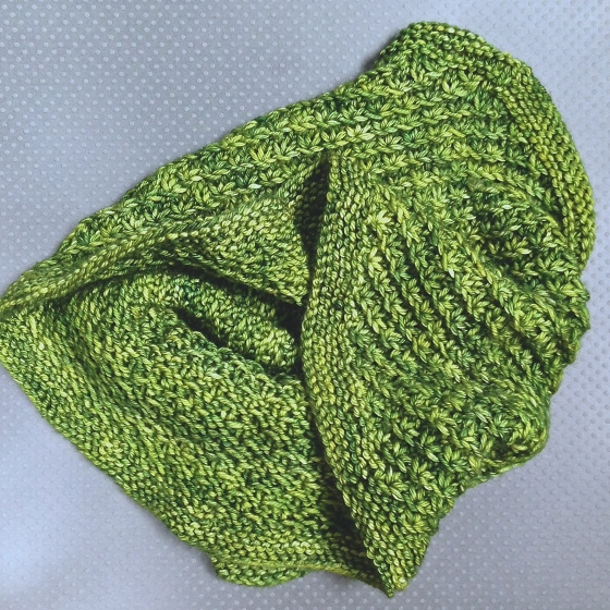 florriemarie craft hudson knitting heidi robinson wren cowl