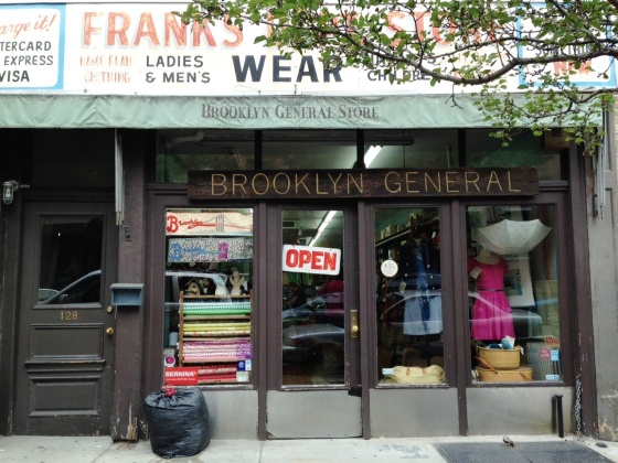 brooklyn, general, store, florriemarie, floma, knitting, local, yarn, store, lys, wilma, jean, chicken, smith, canteen, caroll, street, caroll, gardens, brownstone, knit, quilting, shopping